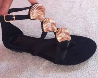 Women Flat Black Suede Black Sandals with Golden Sea Shells EU37