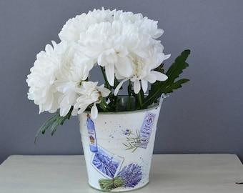 Lavender metal bucket, flower girl bucket, storage container, pencil organizer, flower holder, napkin holder, gift basket, toy storage