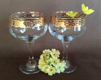 Vintage Elegant champagne wine glasses gold band stems