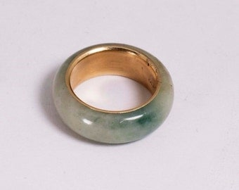 14K Yellow Gold Jade Ring, size 5