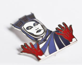 Lady Macbeth Hard Enamel Pin