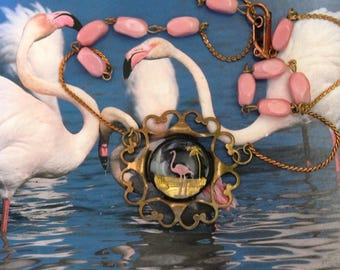 Intaglio necklace, pink flamingo, brass filigree, pink glass beads, vintage assemblage, handmade in France, chez Sylvie/087