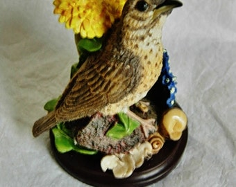 Decorative bird figurine, The country bird collection, The Song Thrush