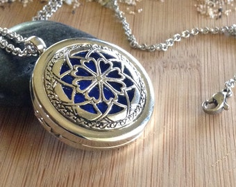 Dream Catcher Aromatherapy Essential Oil Diffuser Necklace Locket