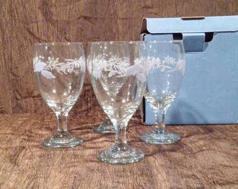 Pfaltzgraff Winter Frost Collection set of 4 iced beverage glasses, free shipping