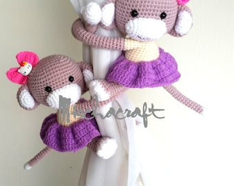 A pair of Monkeys Curtain Tiebacks, Cotton yarn crochet tieback.   (Made to order)