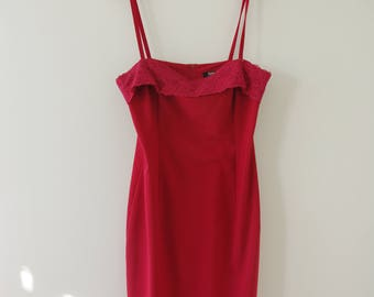 Vintage Red A-Line Spaghetti Strap Evening Dress Lace Detail