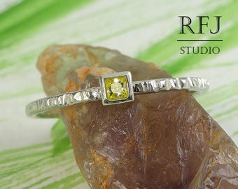 Square Lab Yellow Diamond Textured Silver Ring, Princess Cut 2x2 mm Yellow CZ Ring Square Setting Ring Square Yellow Gemstone Stacking Ring