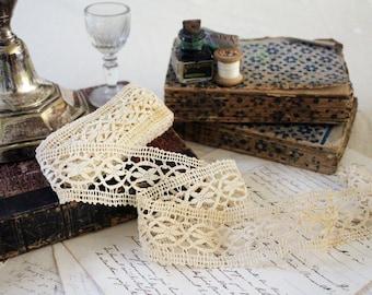 Vintage French Lace Trim - Large Crochet