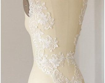 2x 1 yard mirrored SILVER/ OFF-White elegant flower lace Trim, Alencon Lace Trim, Bridal Lace, Flower Lace, Lace Embroidery, (CLT79578)