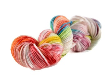 Worsted Yarn, Superwash Merino yarn, worsted weight yarn, wool yarn, 100% Superwash Merino, rainbow, speckled - Birthday Cake