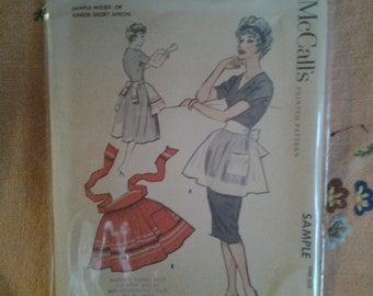 1950s apron pattern by the Mccalls pattern company