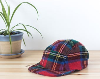 THE TRADITIONAL WINTERCAP - Handmade and recycled 5 panels hat -