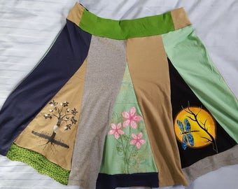 T-skirt: Do you like dragonflies, butterflies and the serene colors of nature? This skirt is made for you. Comfortable, soft, unique!