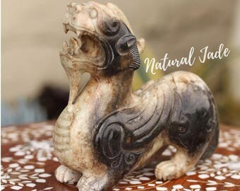 Rare Natural Jade Qing Dynasty Pi-hsieh (Pixiu)  Carving