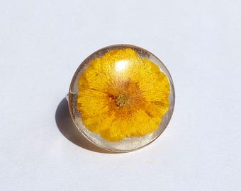 Resizable, Real Flower Ring, Flower Ring, Buttercup Ring, Flower Resin Ring, Resin Flower Ring, Pressed Flower Jewelry, Buttercup Resin Ring
