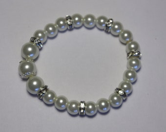 elastic bracelet with pearls
