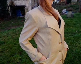 SUMMER SALE! Frida Kahlo fabric embellished beautiful beige slub silk jacket preloved to redlo