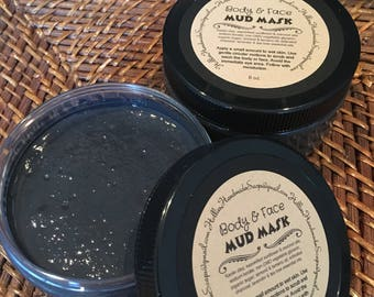Activated Charcoal & Clay Mud Mask