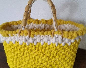 Yellow-white beach bag with effect edge
