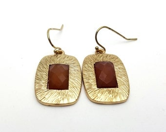 Gold Tone Metal and Brown Acrylic Faceted Gem Cabochon Drop Hook Earrings Brown Gemstone Dangle