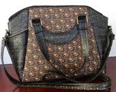 Medieval/renaissance/steampunk/cosplay handbag/shoulder bag with top zip closure, exterior side pockets, interior zip pocket