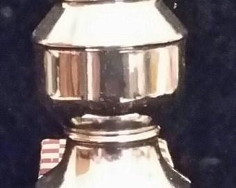 Vintage Avon. Avon Chess Piece. Smart Move 2 Knight Chess Piece Decanter.