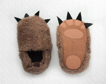 baby monster slippers, baby monster feet, infant booties, bear footies, monster footies, were the wild things are, wild slippers, baby shoes