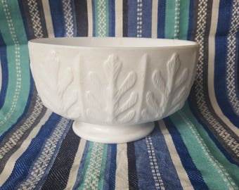 White milk glass pedestal bowl planter midcentury fern FTD 1975