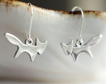 Dainty silver fox earrings | Antique silver dangling woodland animal earrings | Sterling silver kawaii nature earrings | Small cute earrings