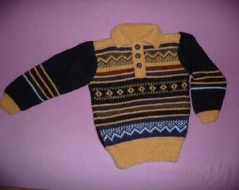 Джемпер ручного вязания для мальчика 3-5 лет