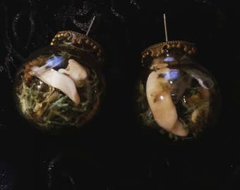 Tooth and moss earrings