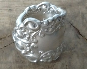Victorian Scrollwork Spoon ring - Any Size