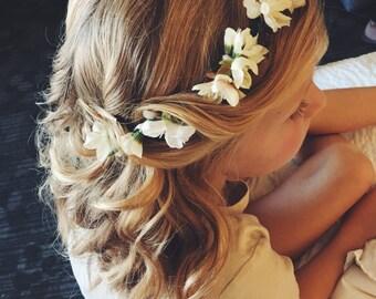 Adjustable flower crowns (dainty)
