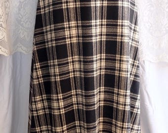 Maxi skirt, winter weight,vintage,black and off-white check,A-line skirt,winter.