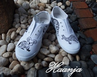 Hand painted shoes - Australian motives