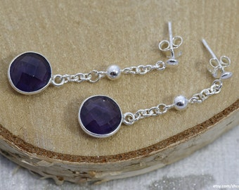 Sibylle | Amethyst and sterling silver | Dangle earrings with gemstone pendant