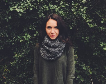 Super Soft Cowl | The Grace | Midnight
