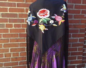 Vintage Floral Embroidered Black Fringy Piano Shawl