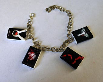 Bracciale mini libri twilight saga