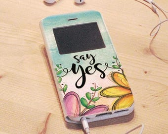 Flip iPhone Cover 6-SAY YES-graphics with flowers and calligraphic lettering | multicolored | Spring colours