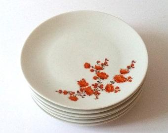 Unique retro plate(s) with orange flowers
