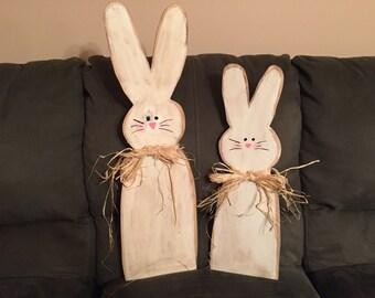 Set of 2 Wooden Easter Bunnies