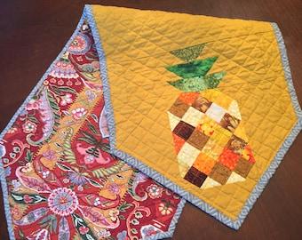 Pineapple Reversible Table Runner