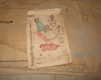 1960s Thumbelina Doll Clothing PATTERN Simplicity 4191 for 20 inch Dress Bonnet Slip Bunting Kimono Panties Sacque Bib Slipping Bag