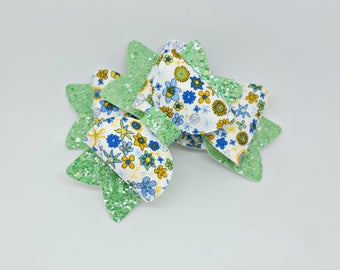 Small Green and Yellow Daffodil Bow