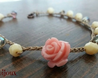 Bracelet with crystals and little rose