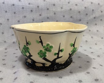 Beautiful ceramic bowl, planter, vintage, green and black floral pattern