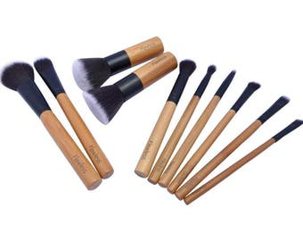Makeup Brush Set - 10 Pieces, Professional Bamboo Brushes, Natural, Gift, Flawless - 100% Vegan and Cruelty Free.  FREE UK SHIPPING