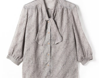 1960's vintage blouse made in Japan Showa retro silk tone